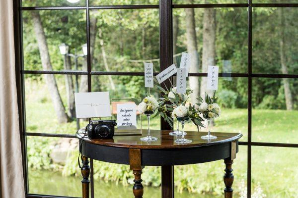 Vestuvių staliukai